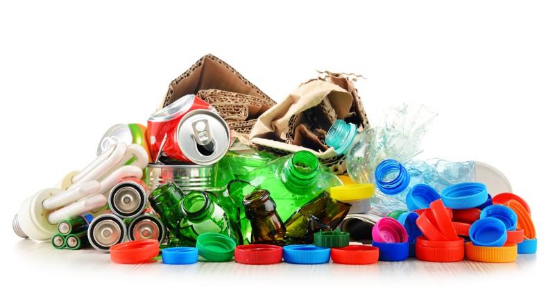 Triediť plasty šetria prírodu